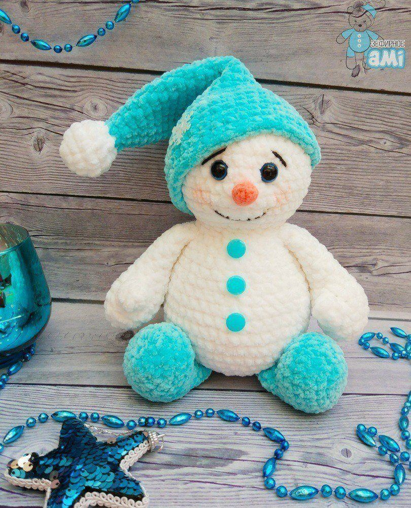 Crochet plush snowman pattern | Amiguroom Toys
