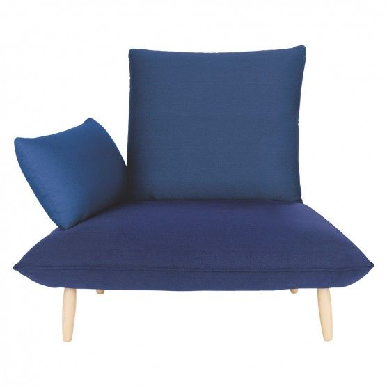 SKIPNAOKOUKCHAIRBLUE Blue fabric armchair, wooden feet ...