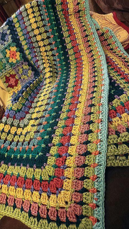 beginnen, es wieder zu LIEBEN !!!! holte die Decke wieder raus, um es dieses Mal zu beenden .... #crochetmandalapattern