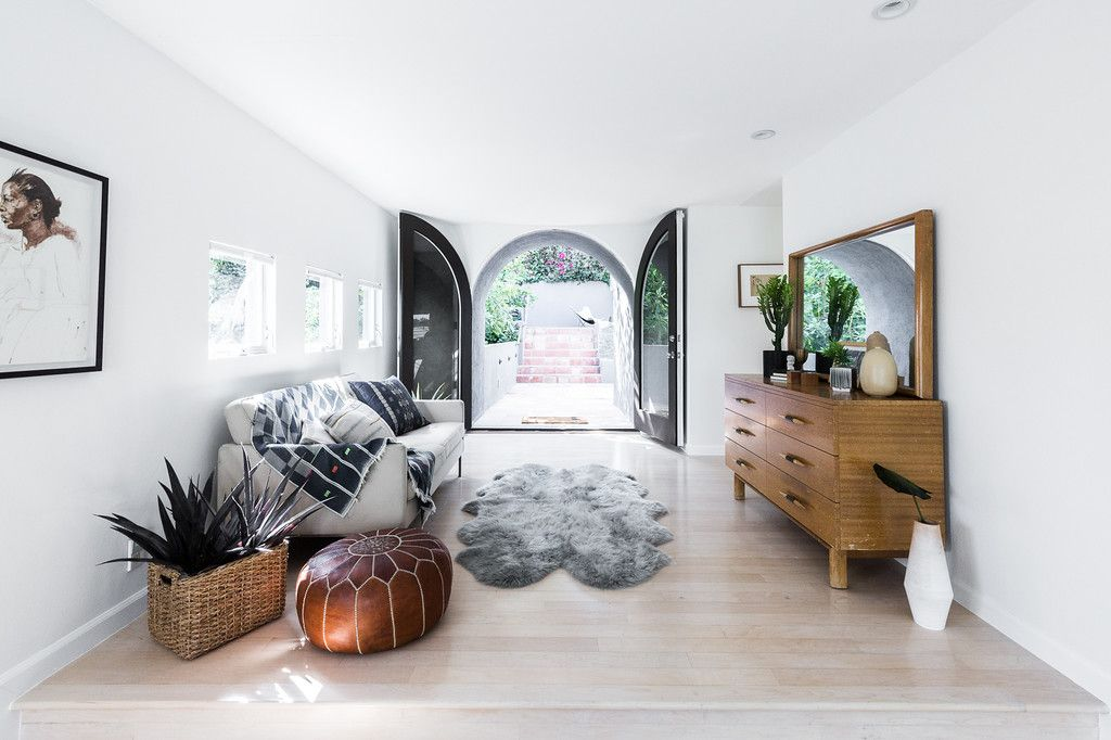modern home in silverlake master bedroom sitting area space rh pinterest com