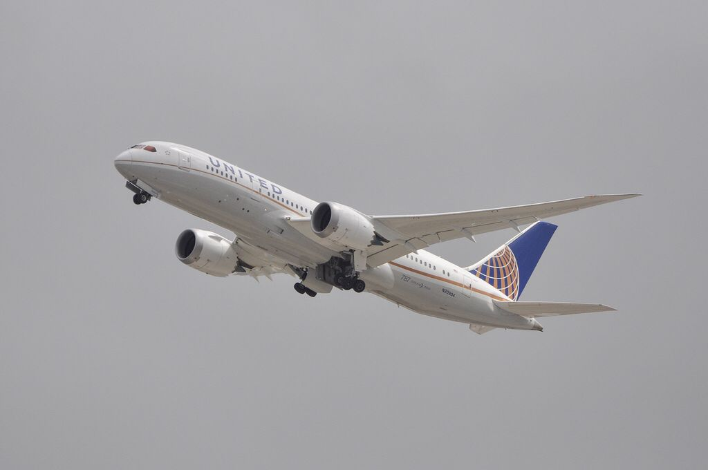 united 787 8 departing lax on may 25 2013 airplanes pinterest rh pinterest com