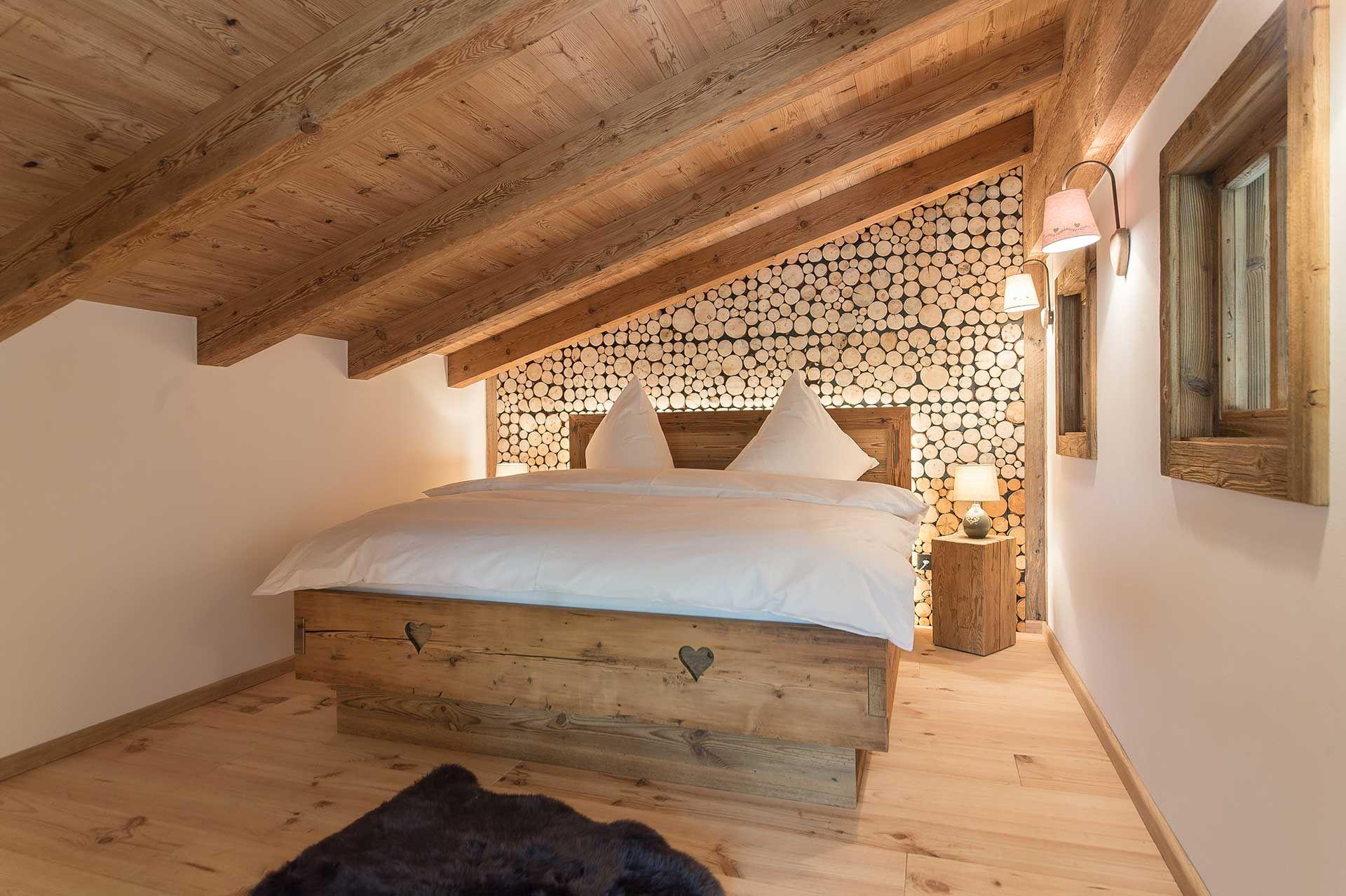 Das Chalet Tirolia Verbindet Gekonnt Die Natürliche Ausstrahlung Der  Eifellandschaft Mit Einer Alpinen Luxusausstattung Der Extraklasse    Entspannung Pur.