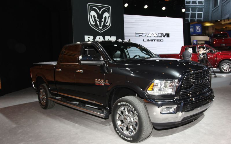 2016 Ram 2500 HD Specs, Price and Release Date - For a fascinating heavy dut car, you can consider to have 2016 Ram 2500 HD which will be the excellent car