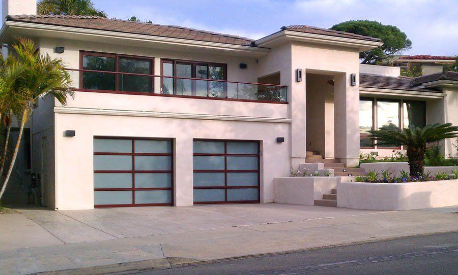 Clopay Avante Glass Garage Doors In La Jolla Clopayavante Glassgaragedoors Sandiegoglassgaragedoors Contempora Glass Garage Door Garage Doors House Styles