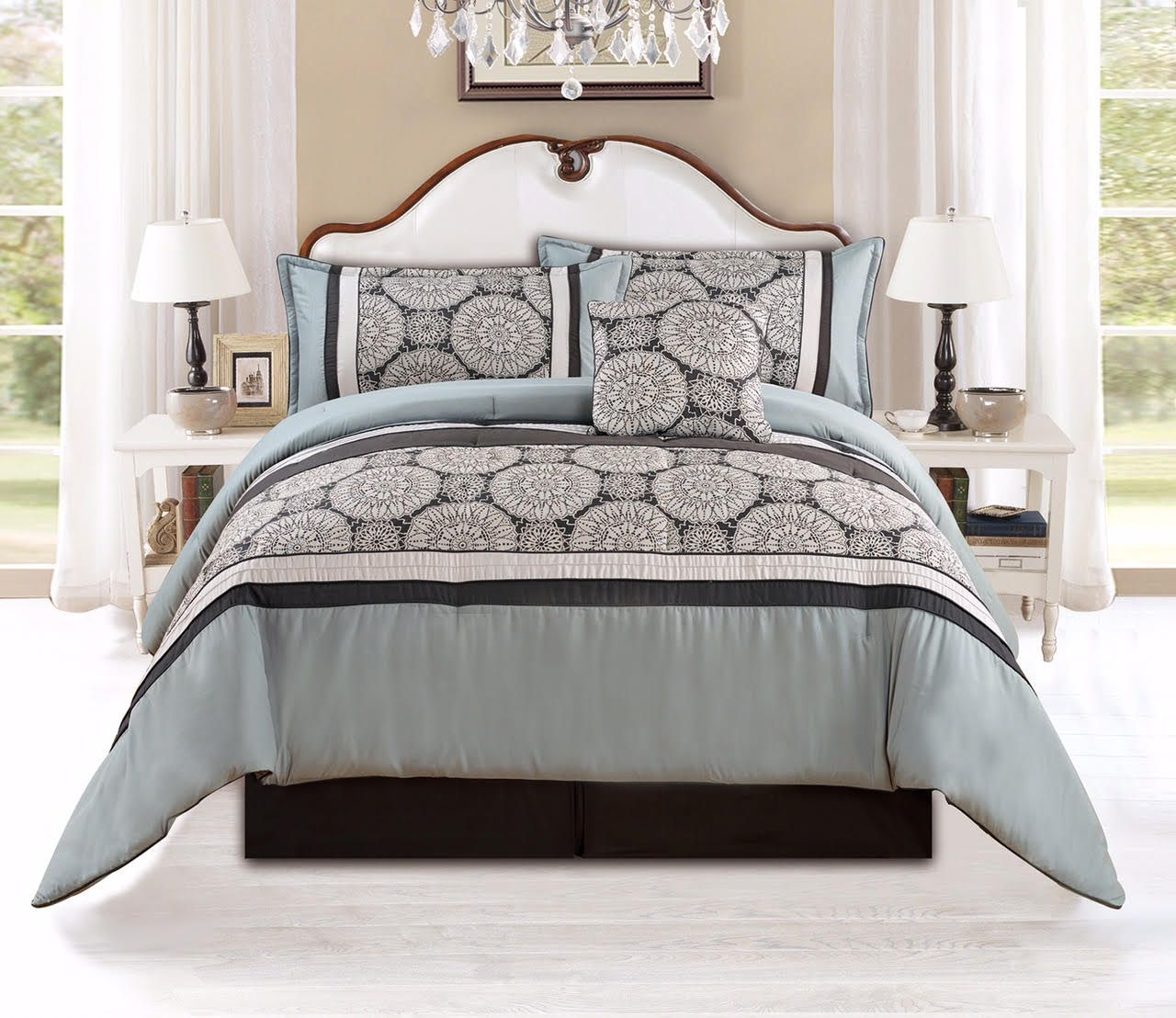 5 Piece Queen Ashley Mosley Oversized Comforter Set