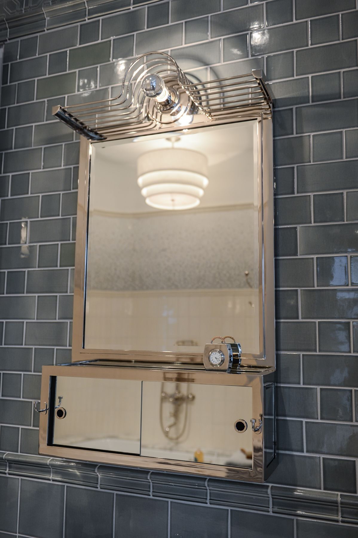 Dallas Showroom | Bathroom design luxury, Shower over bath ...