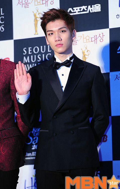 VIXX Hyuk, such mature maknae ♡