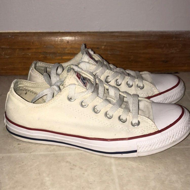 White converse size 7 in women \u0026 size 5