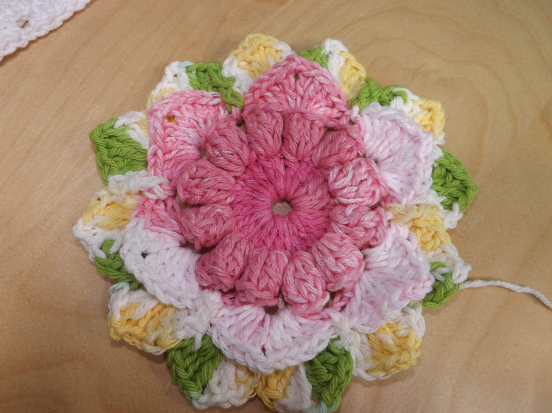 Crochet Flor Para Una Colcha De Granny Squares, Parte 1 | Flores de ...