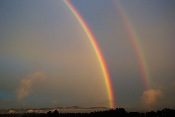 Arcoíris doble desde Marinilla, Colombia