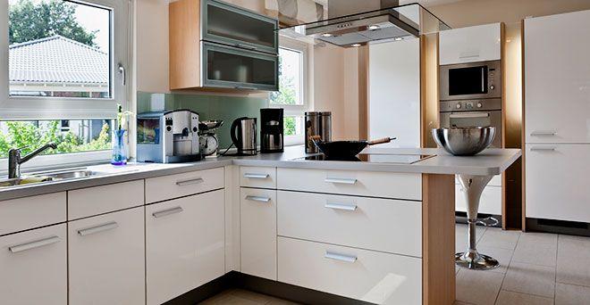 Kökshandtag och beslag för köksluckor och kökslådor dinbyggare - küchen farben trend
