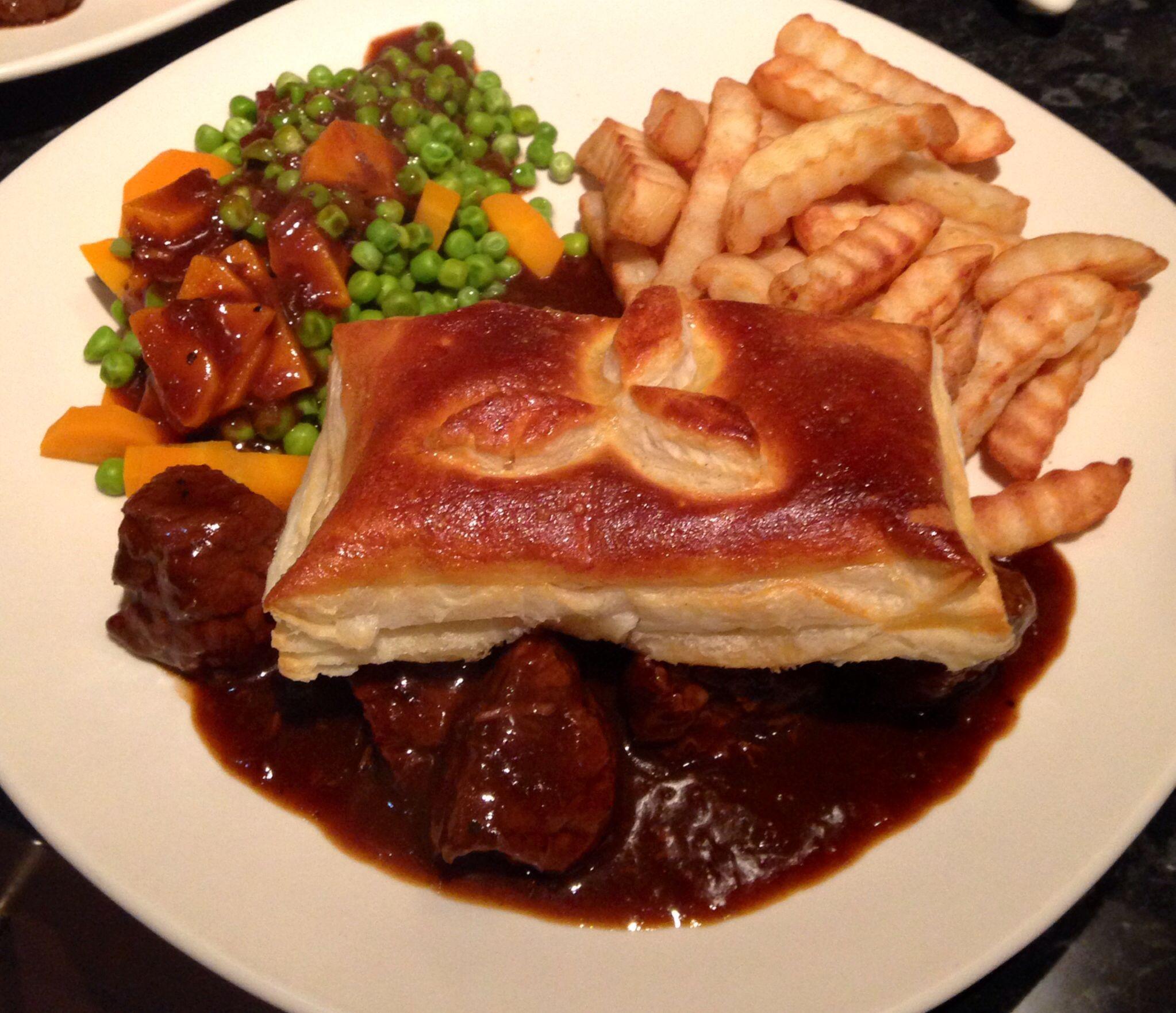Homemade steak pie | Food, Steak pie, Breakfast