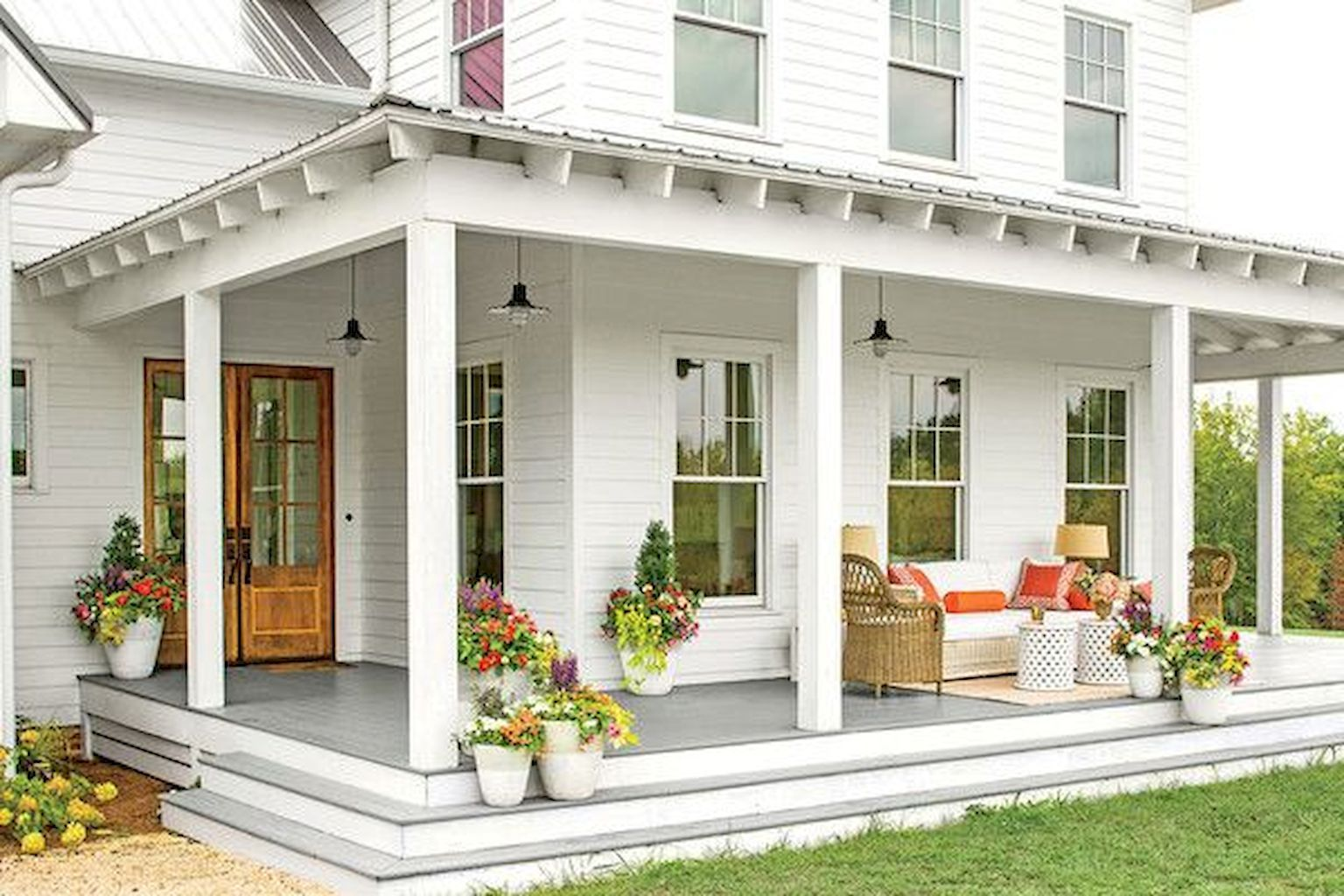 65 stunning farmhouse porch railing decor ideas (9