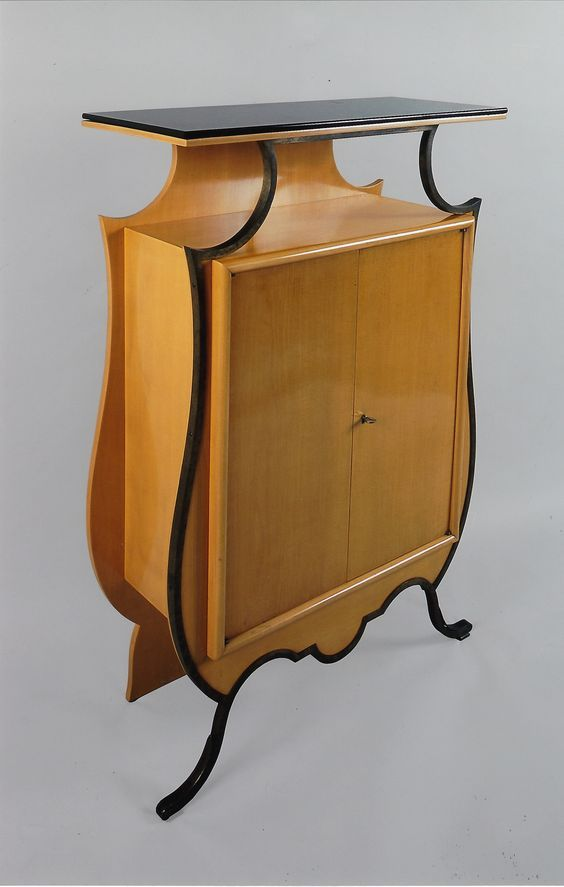 During the Art Deco artists could fully embrace new freedom and diversity of expression. Well illustrated here by this violin-shaped sideboard. A design by Eugène Printz (1879-1948) of Paris. Galerie Willy Huybrechts will show it at BRAFA 2014.: