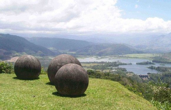 Stone_Spheres_of_Costa_Rica_1