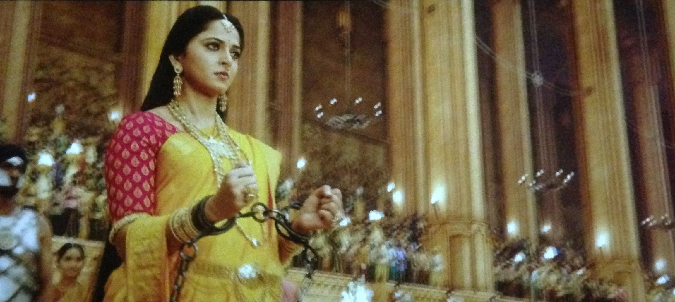 Prabhas And Anushka In Bahubali Anushka Shetty in bahu...