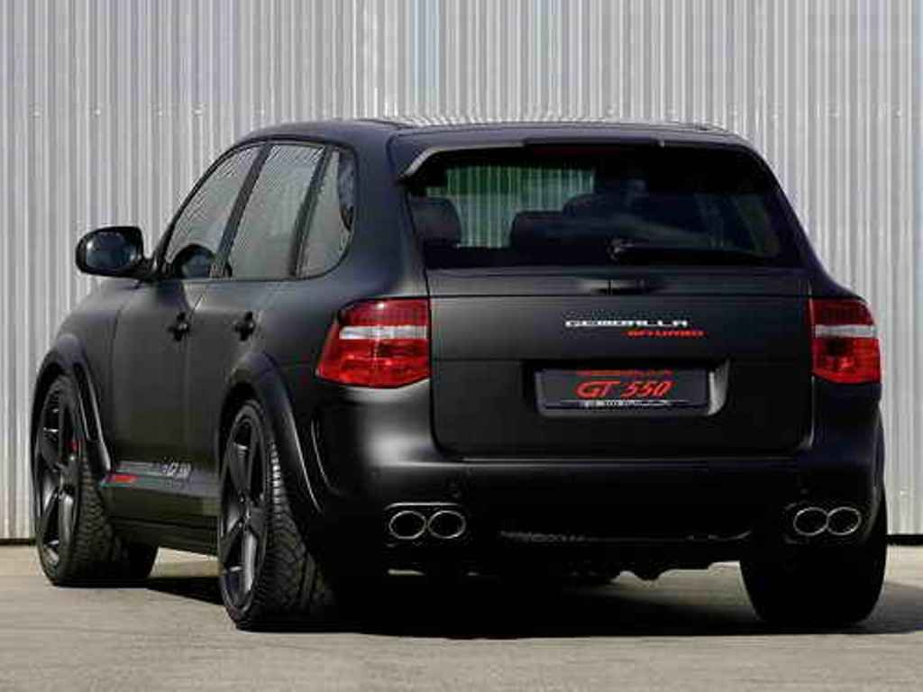 Auto world porsche cayenne gts voiture pinterest for Garage porsche caen