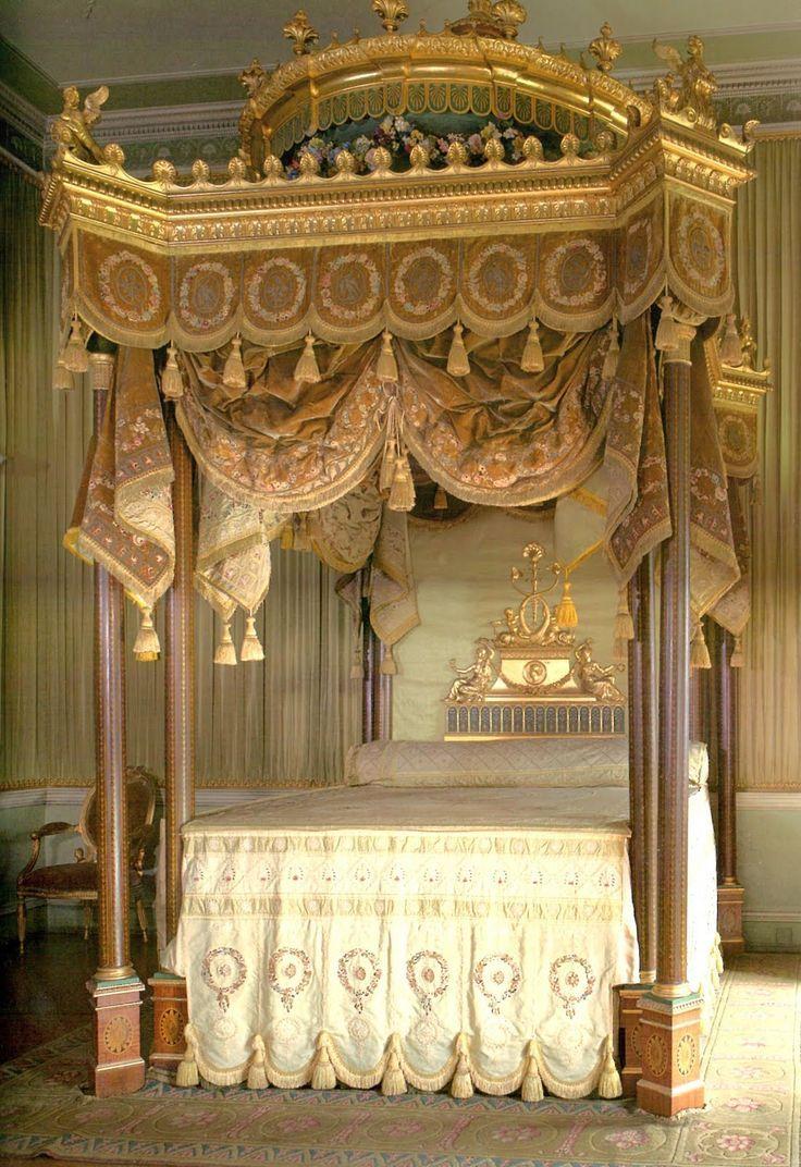Betten, Baldachin, Schlafzimmer, Barock, Einrichtung, Dekoration, Wohnen,  Antike Schlafzimmer, Antike Betten