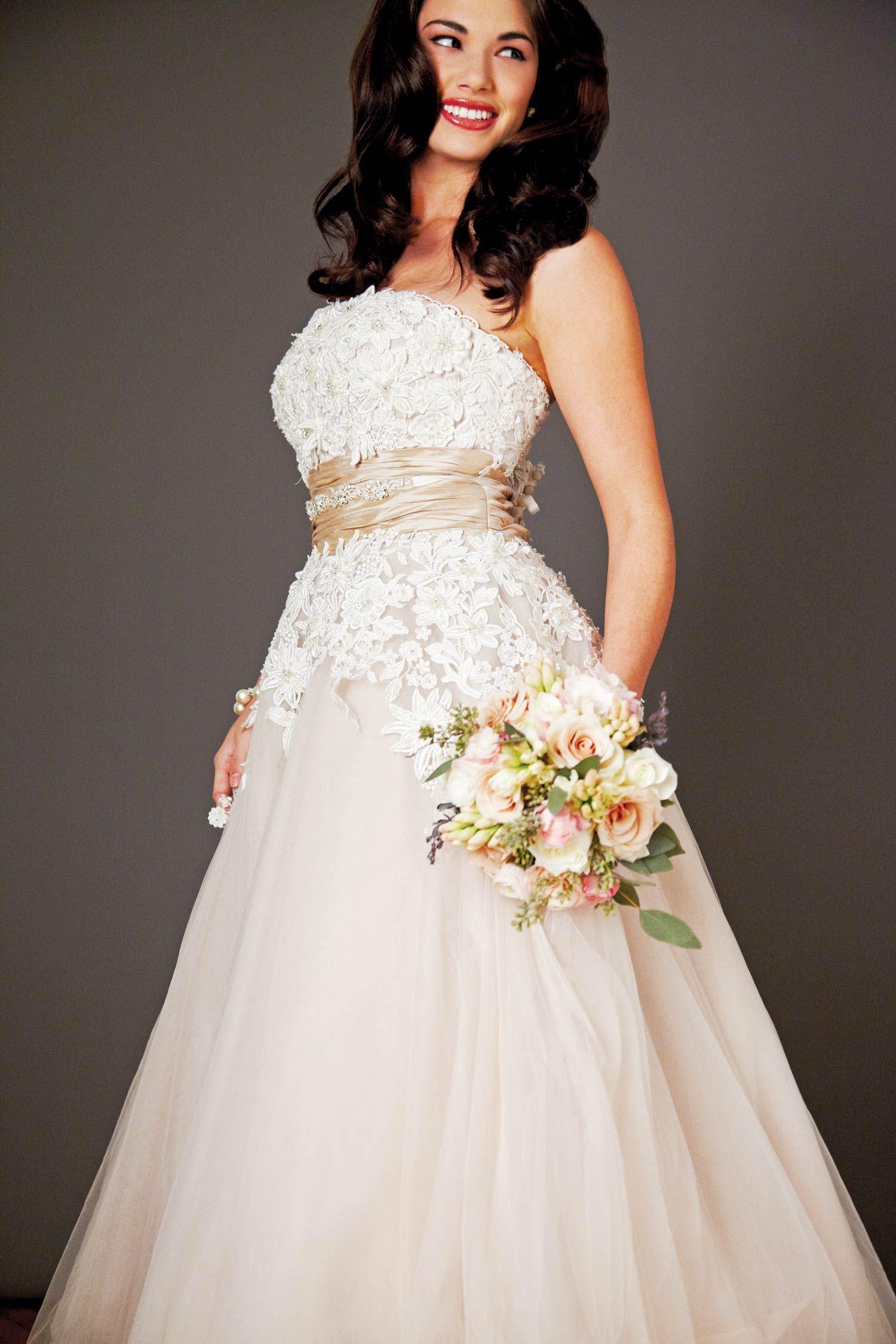 Justin alexander wedding dress bella sera bridal giselle justin alexander wedding dress bella sera bridal giselle rhinestone beltheadpiece bella junglespirit Gallery