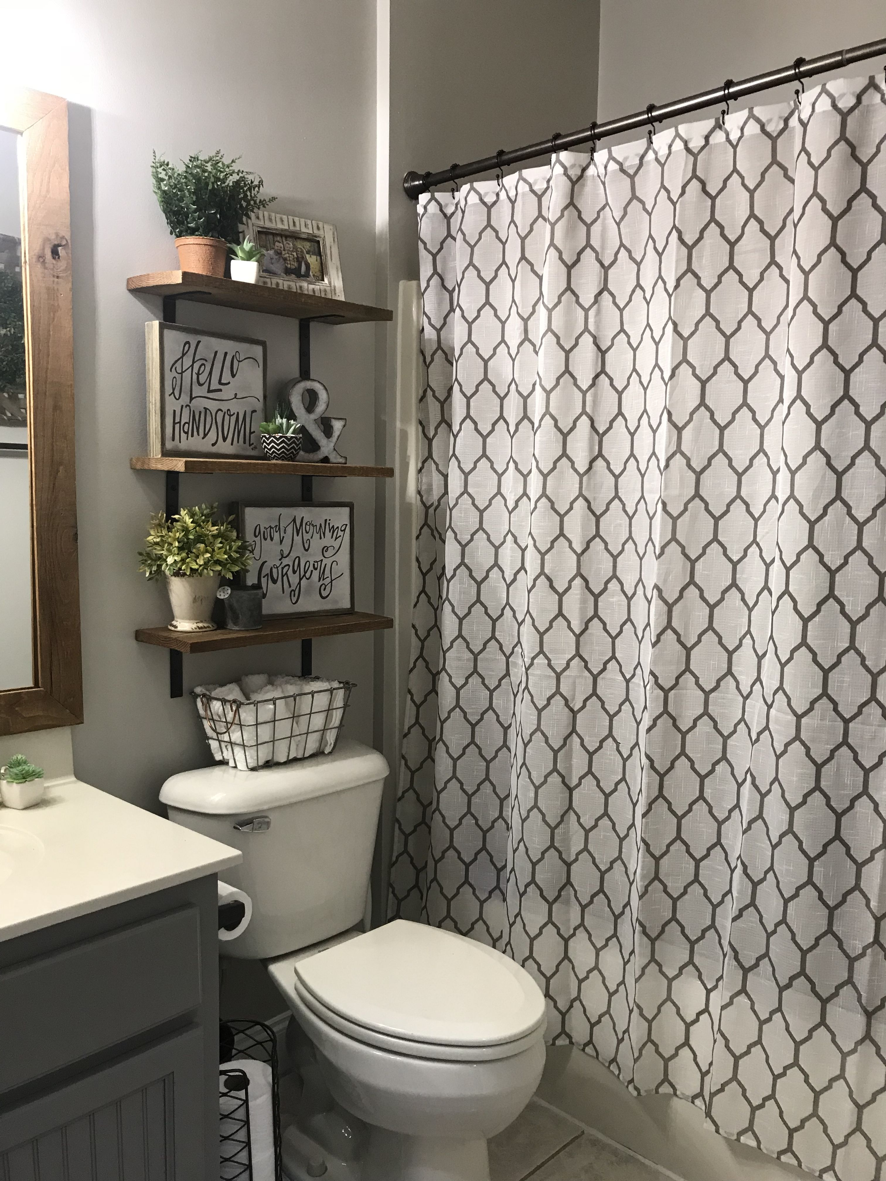 pin by chelsey phillips on home decor in 2019 gray bathroom decor rh pinterest com