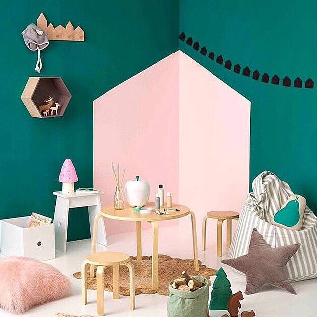 Some more @armadilloandco inspiration for you, this time a previous playroom feature in @yourhomeandgarden.  Have you got your entry yet?  Just over 2weeks to get yourself in the draw to win a Daisy Rug in your choice of colour!, thanks to @theivyhousenz. See earlier post for details. #nursery #nurserydecor #kids #kidsroom #kidsdecor #kidsstyle #christmas #christmasgiveaway #giveaway #decor #interior