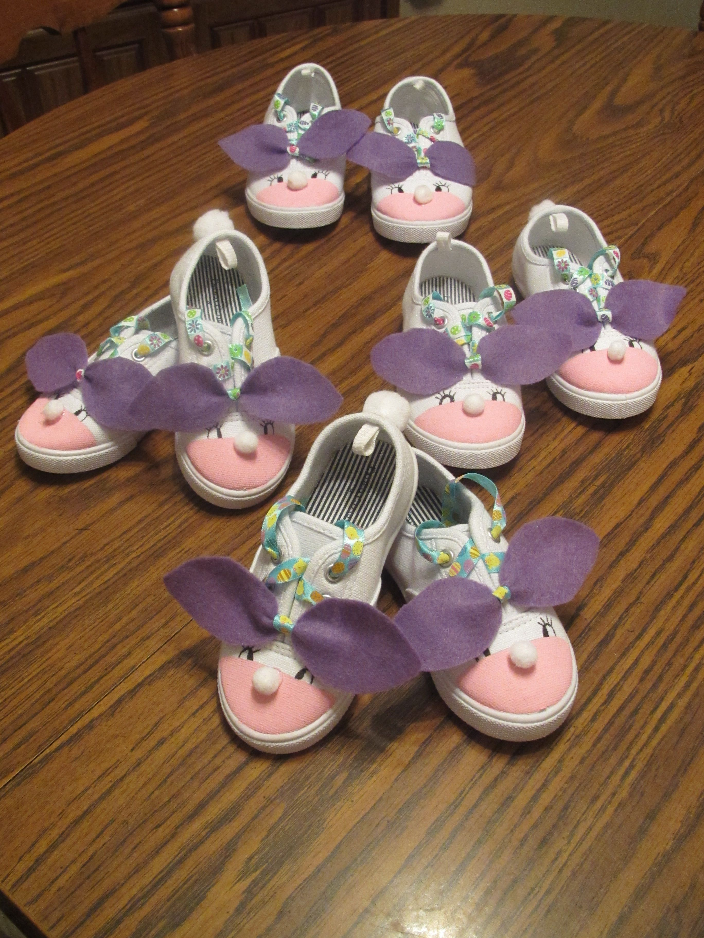 Diy For Kids: Bunny Shoes Paint Sneaker's Tips Pink, Use Permanent Marker To