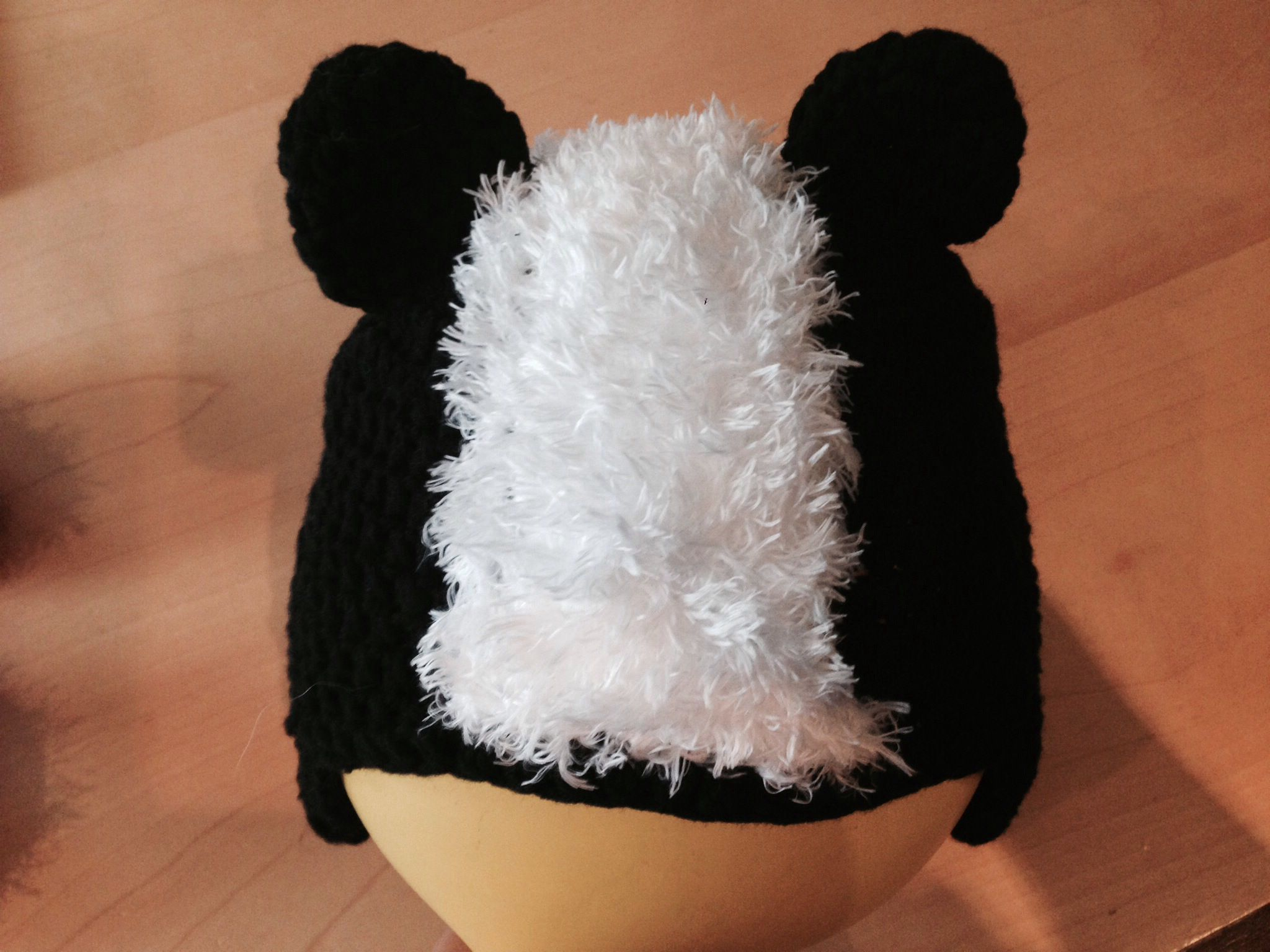 Crochet skunk hat crochet hat caps and more for kids pinterest