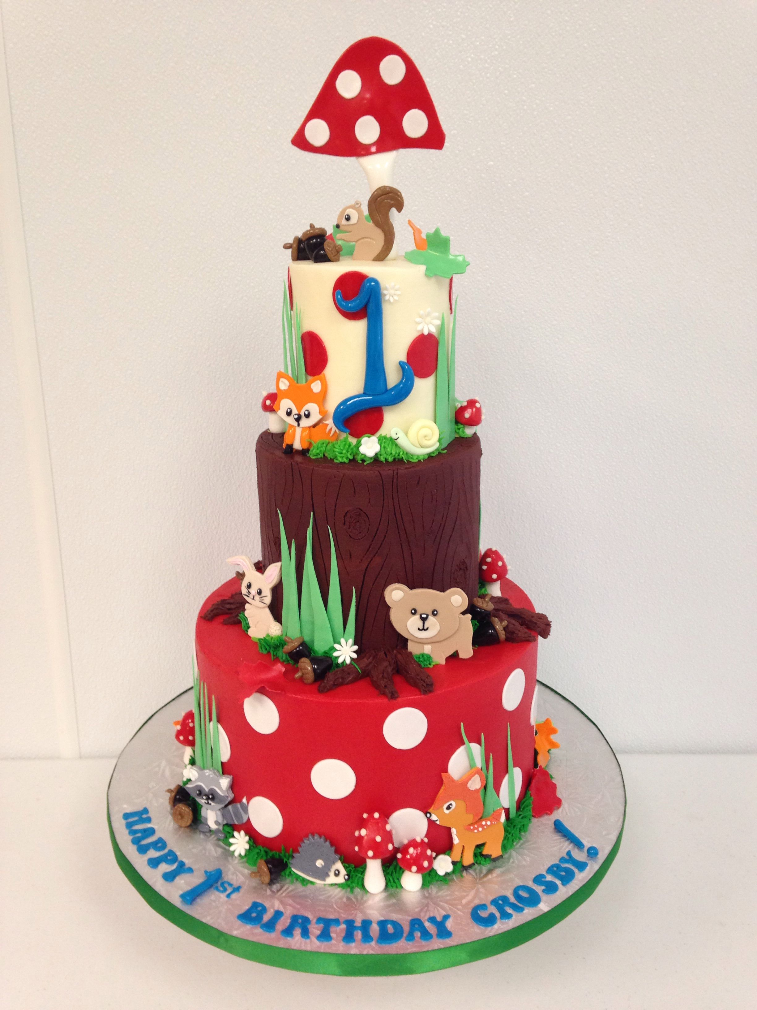 Woodland animal cake | Farm cake, Cake, Animal cake