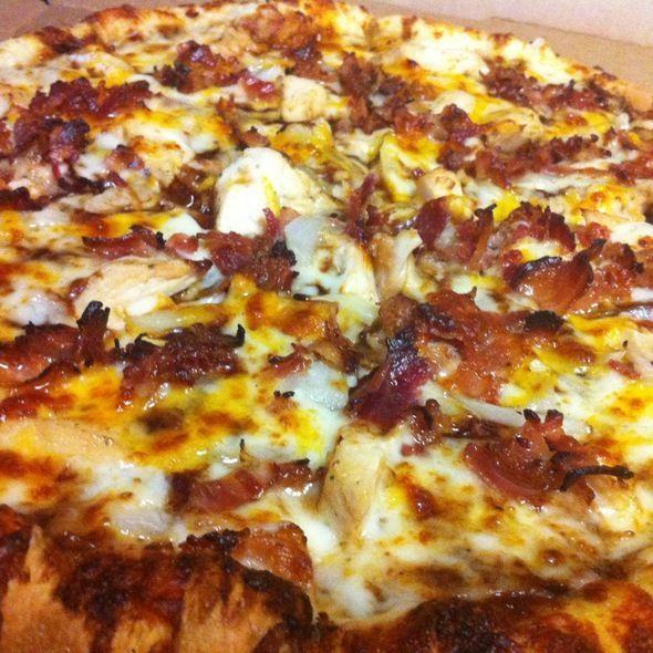 Dominos Memphis Bbq Chicken Pizza Delicious Pizza Bbq Pizza Bbq Chicken Pizza