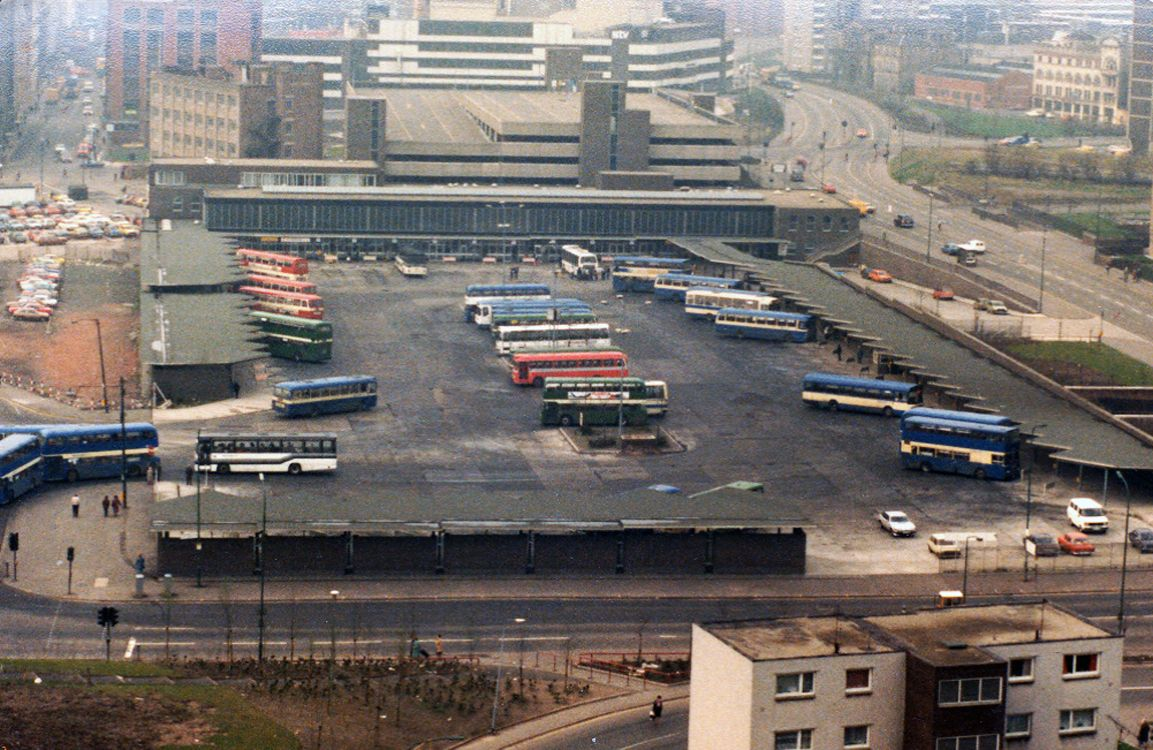 buchanan bus station march 1982 glasgow in 2019 glasgow rh pinterest com