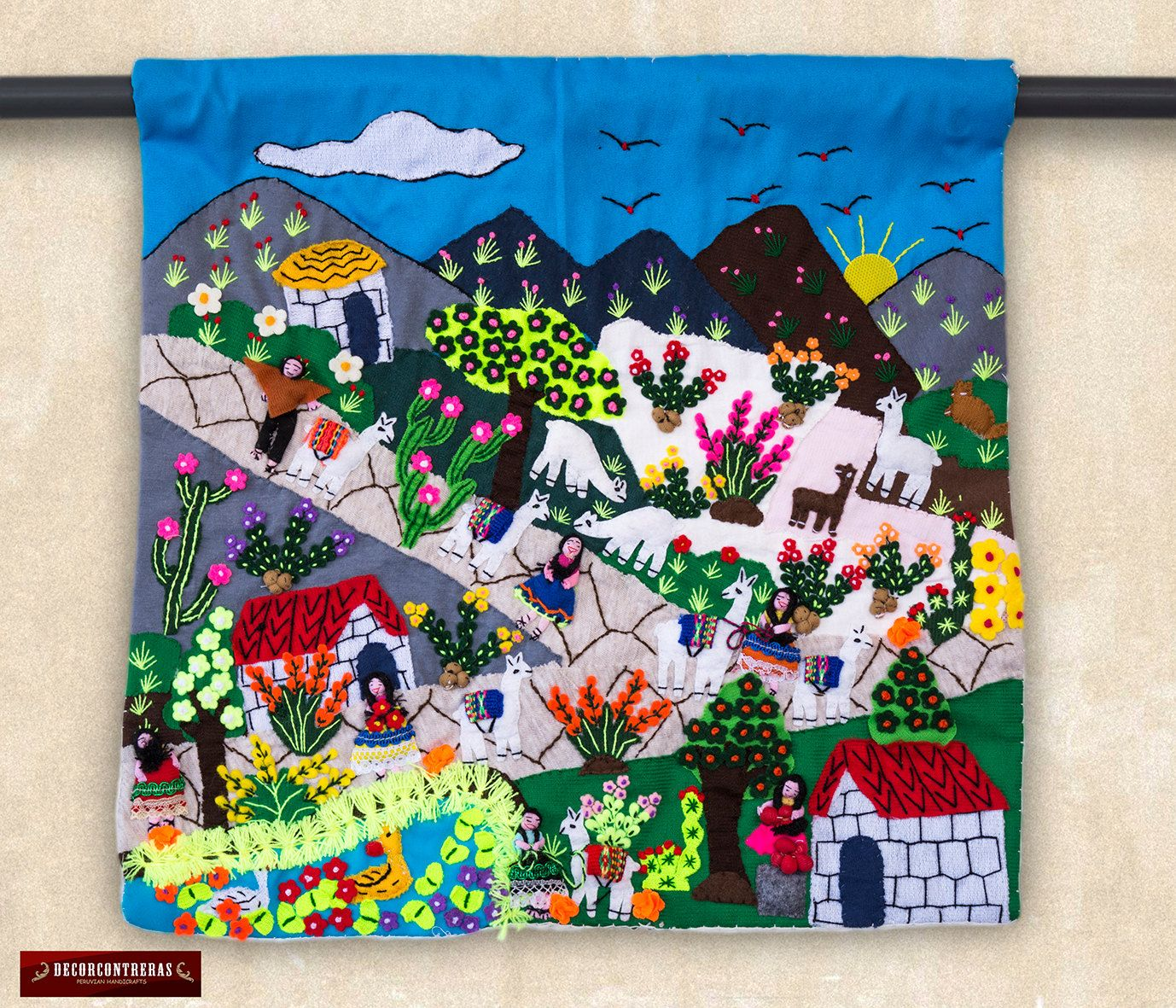 Applique Colgante De Pared De 40x40cm Arpillera Arte Popular Del Peru Collage Textil Decoracion Ho Folk Embroidery Quilted Wall Hangings Learn Embroidery