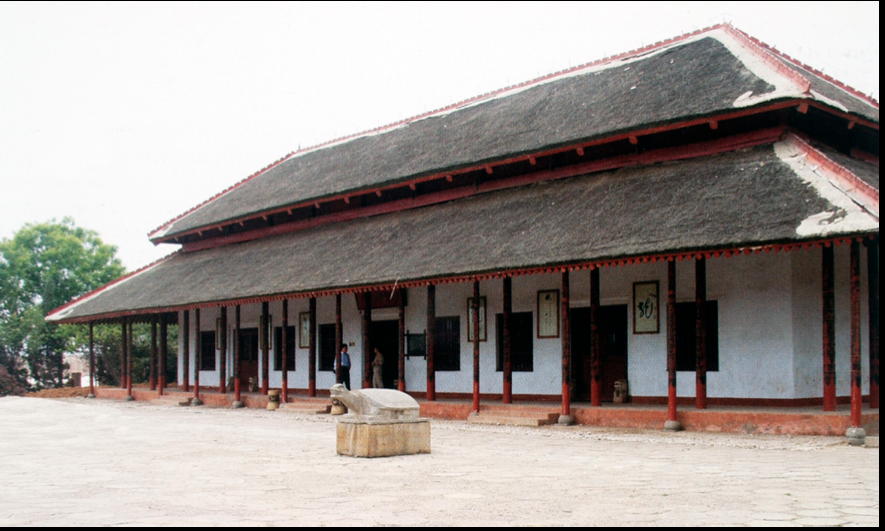 Shang dynasty architecture reconstructed palace at the for Shang dynasty art and architecture