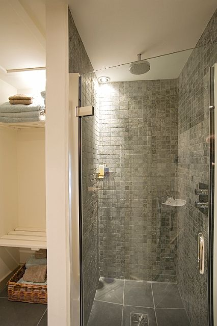 square tile on walls with large tile on floor master bath rh pinterest com
