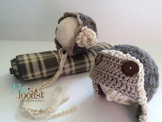 Prop Set Newborn Boy and Girl Wrap and Hat Set by 224Locust