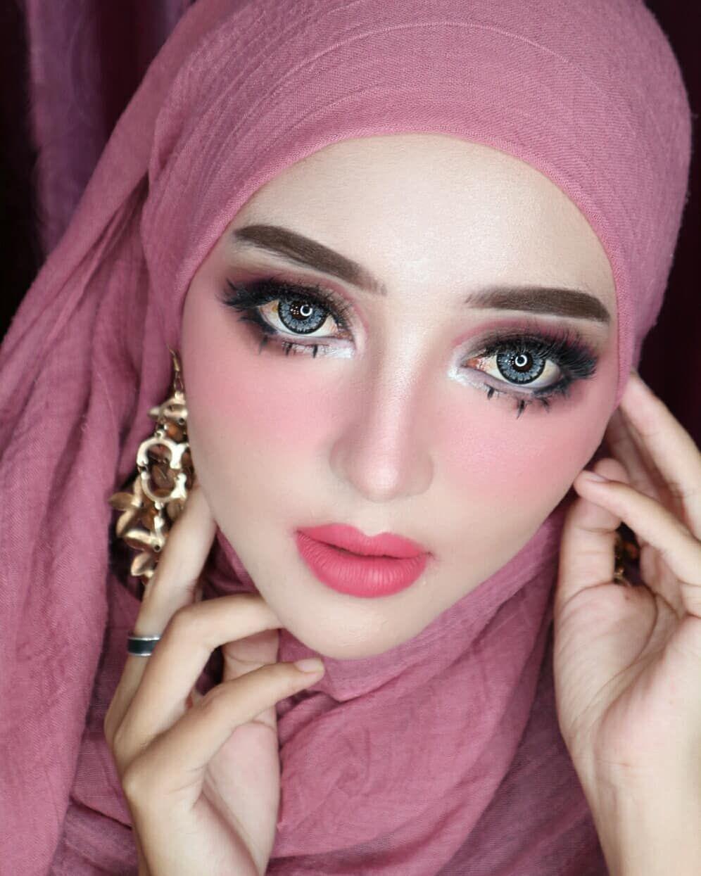 Photo of Tidak ada hal yg mudah di dunia ini semua butuh proses 😍🤗 . Makeup By Me f…