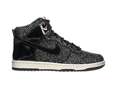 Omgosh these would go with everything! Nike Dunk High Skinny Print Women's  Shoe