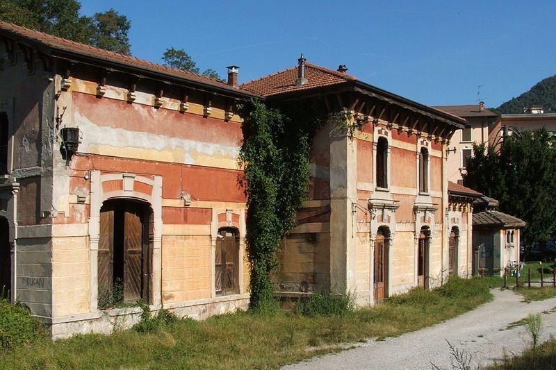 Stazione abbandonata di Ambria, Val Brembana