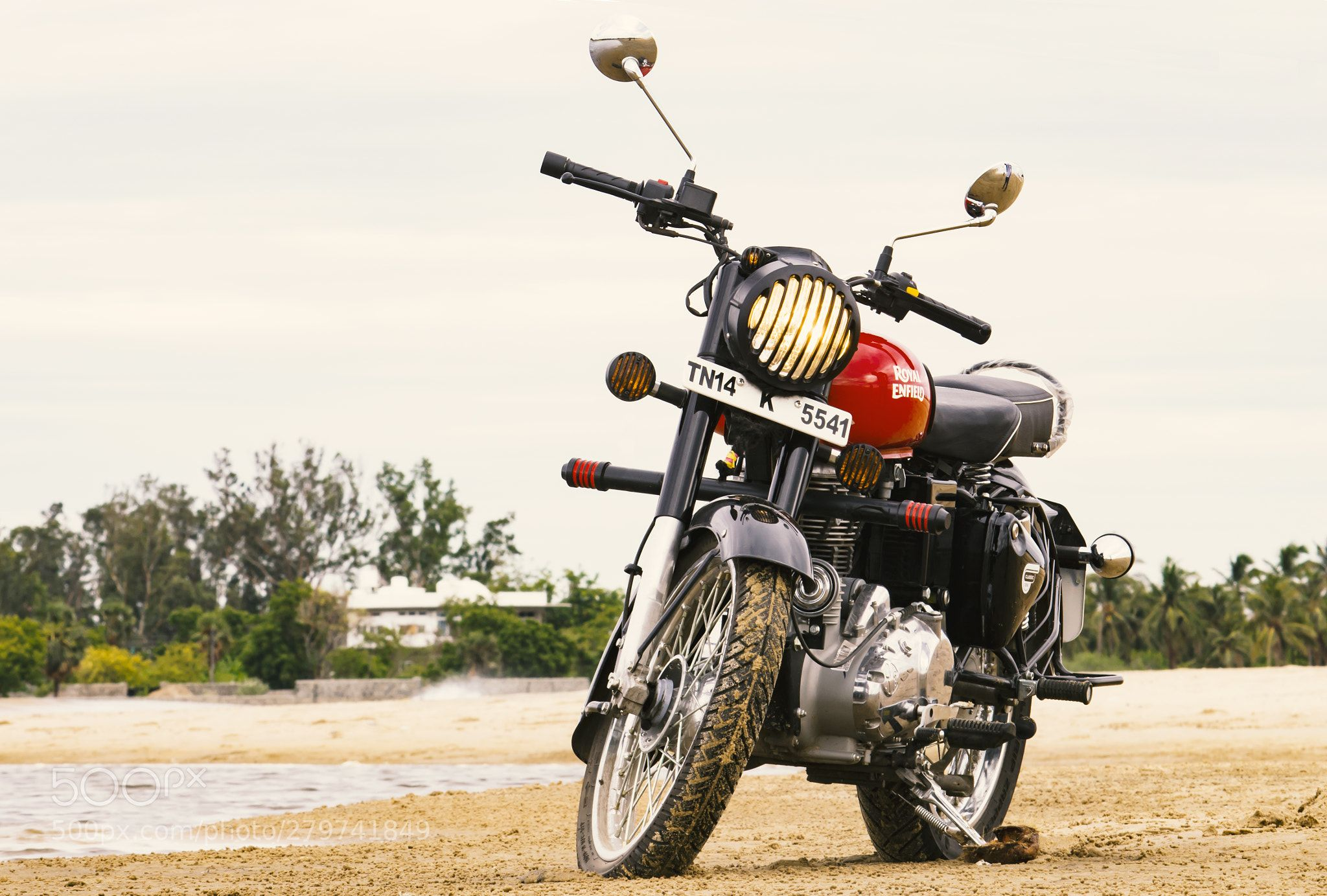 Royal Enfield Classic 350 Redditch Red Beach Drive Top Speed