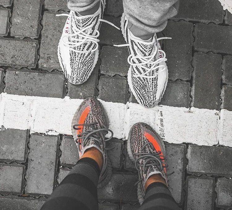 adidas Yeezy Boost 350 V2, Zebra (top