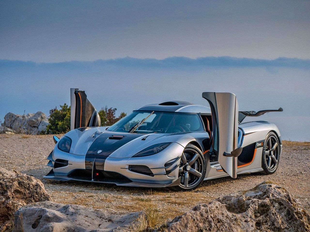Koenigsegg One 1 Only The Best From The World Of Supercars Koenigsegg Super Cars Luxury Cars