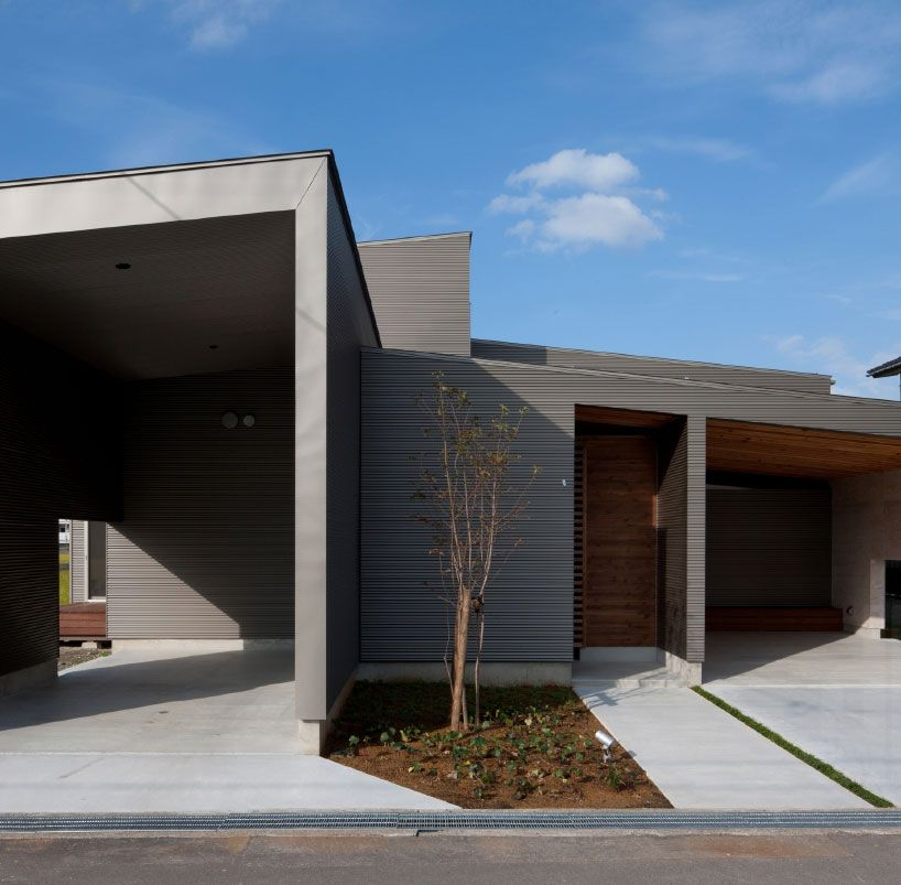 nakasai architects divides house in gankaiji with
