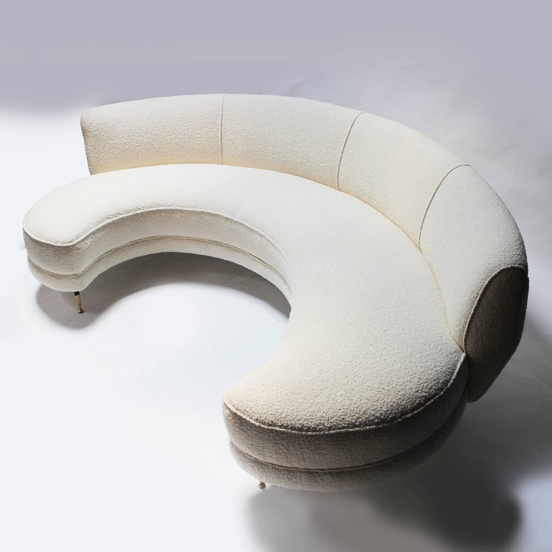 Italian Curved Sofa with Brass Legs | Sofá curvado, Sofá y Salón