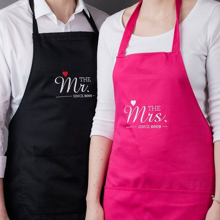 Mr Mrs Anniversary Apron Gift No Date Man and Women 2 Piece Set