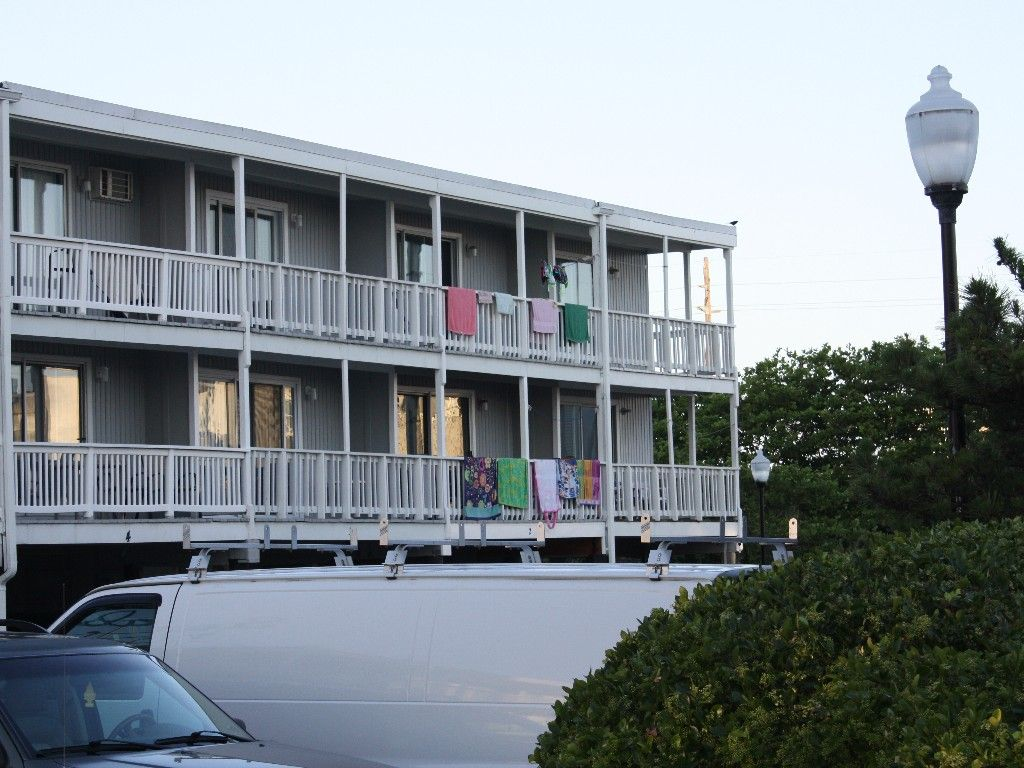 time n tide ocean city townhome rental waldorf townhome complex rh pinterest at