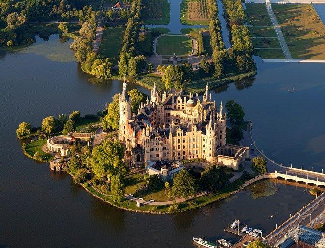 Renaissance castle, Gustrow, Mecklenburg-Vorpommern, Germany ...