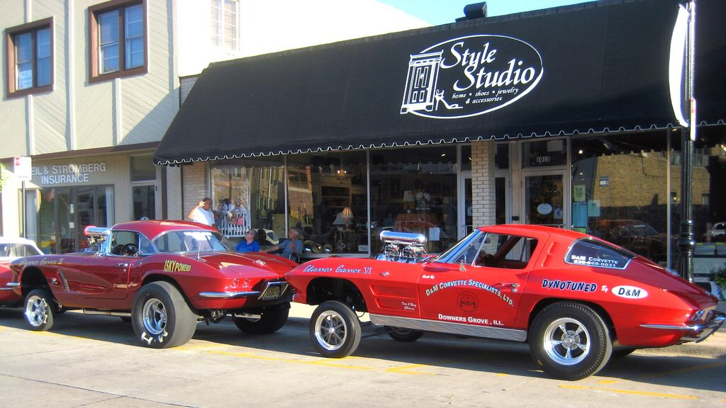 Two Corvette Gassers