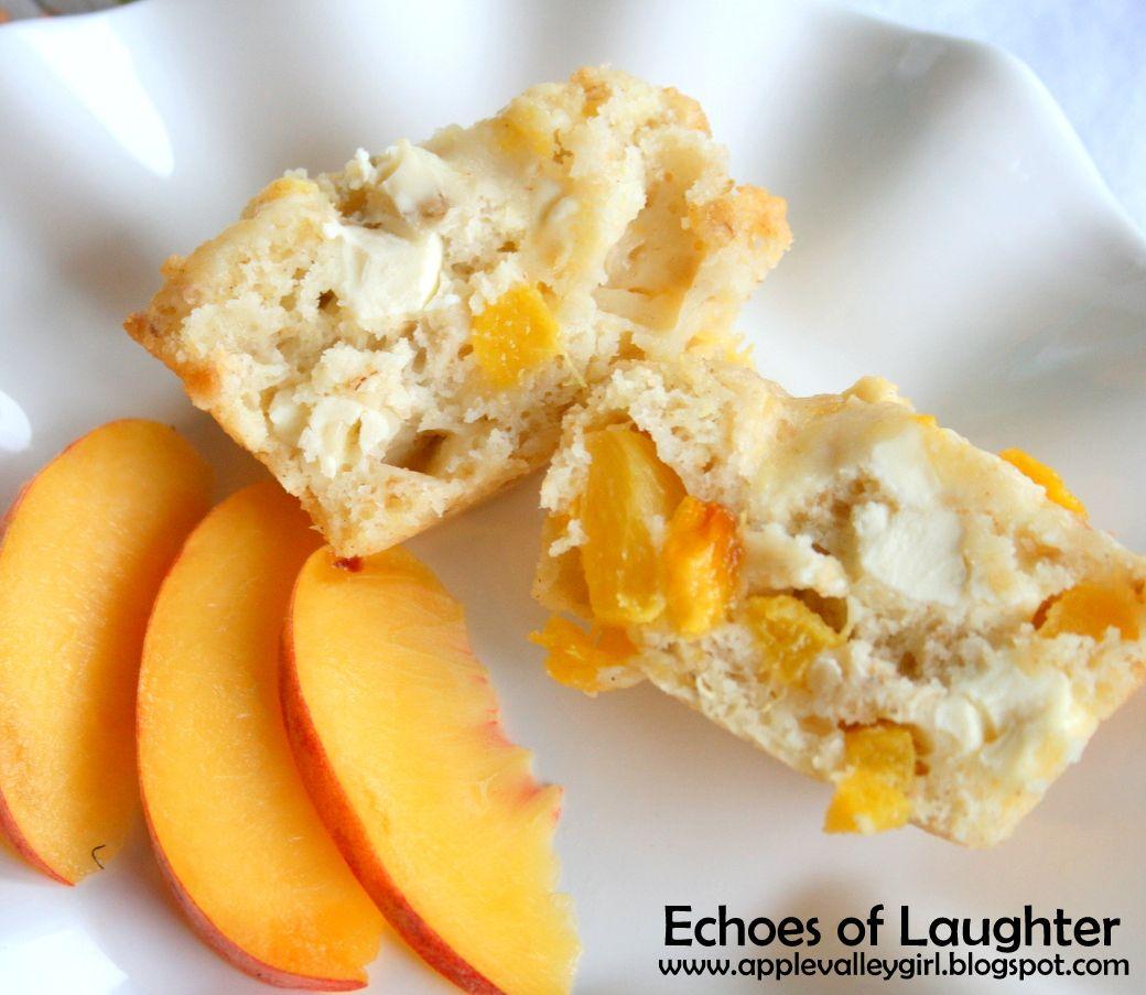 Lunchbox Treats: Sweet Peaches & Cream Muffins