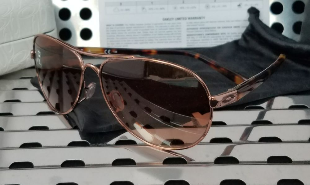 3a816ee9b0 New Oakley FEEDBACK Aviator Sunglasses 4079-01 Rose Gold w  VR50 Brown  Gradient