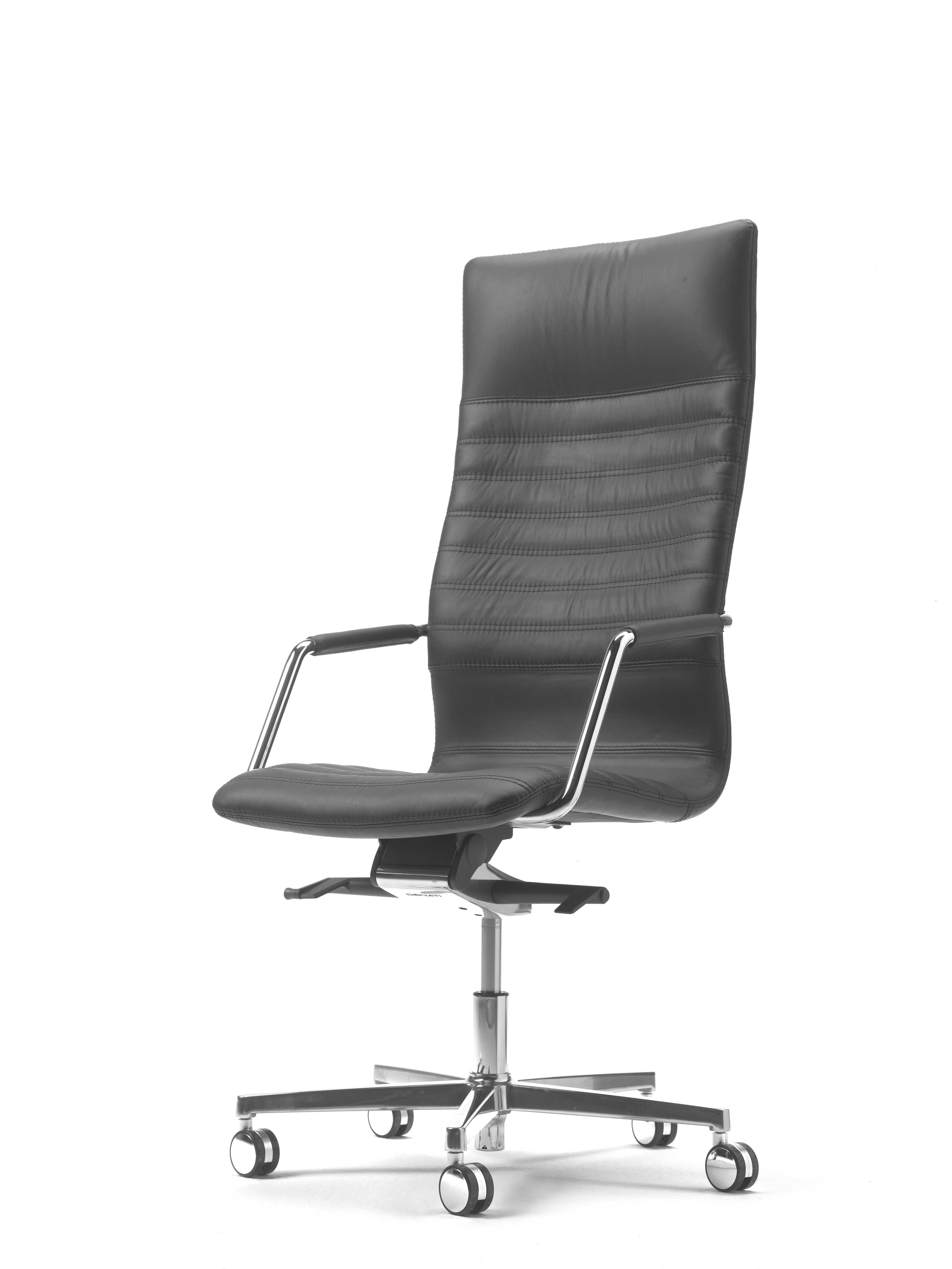 Management chair tempo from Sitia srl designed by Pergentino