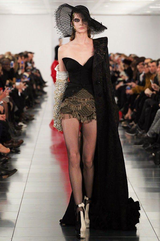 The Spell Of Fashion: Maison Martin Margiela -LONDON-  http://themariopersonalshopper.blogspot.com.es/2015/01/maison-martin-margiela-london.html